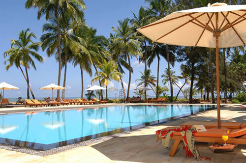 Pool area at the Avani Kalutara